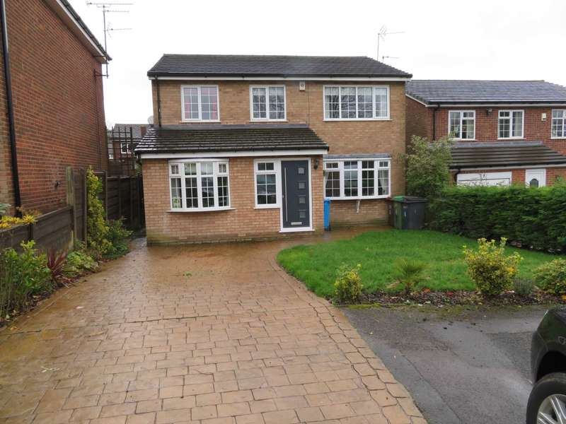 5 Bedrooms Detached House for sale in Delamere Avenue, Shaw
