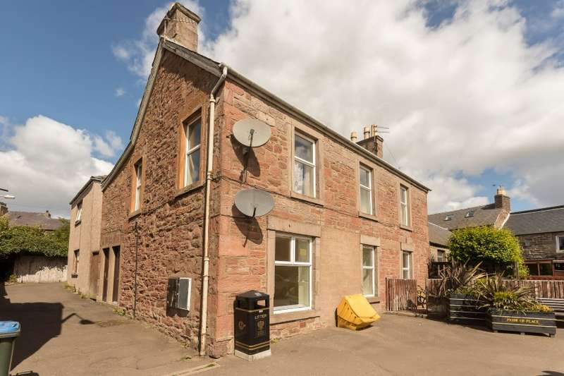 2 Bedrooms Flat for sale in 37 A, George Street, Coupar Angus, Blairgowrie, Perthshire
