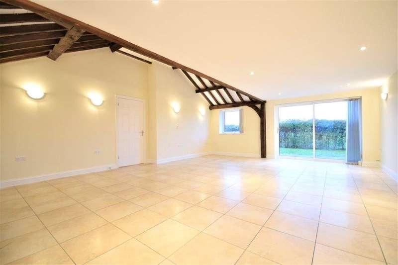 3 Bedrooms Bungalow for rent in Warren Farm, Forest Road, Wokingham, Berkshire, RG40