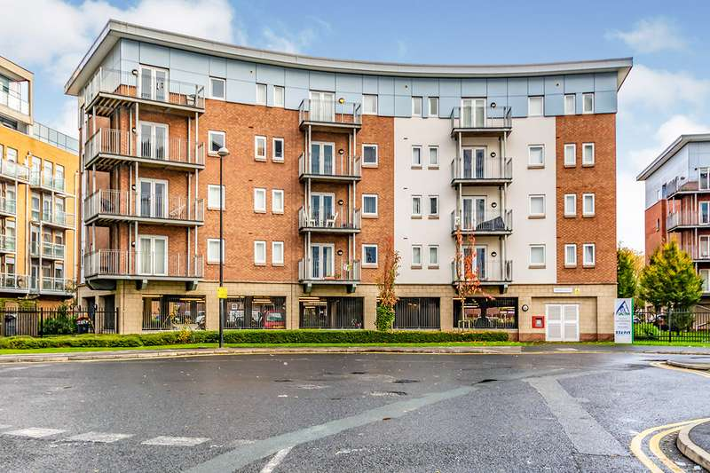 2 Bedrooms Apartment Flat for sale in Brindley House, 1 Elmira Way, Salford, M5