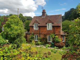 4 Bedrooms Detached House for sale in The Wharf, Midhurst, West Sussex