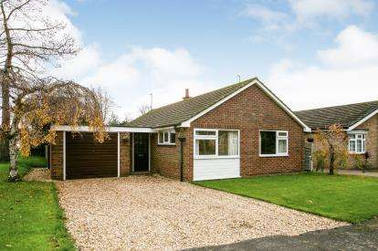 3 Bedrooms Bungalow for sale in Sulusbury Lane, Offley, Hitchin, Herts