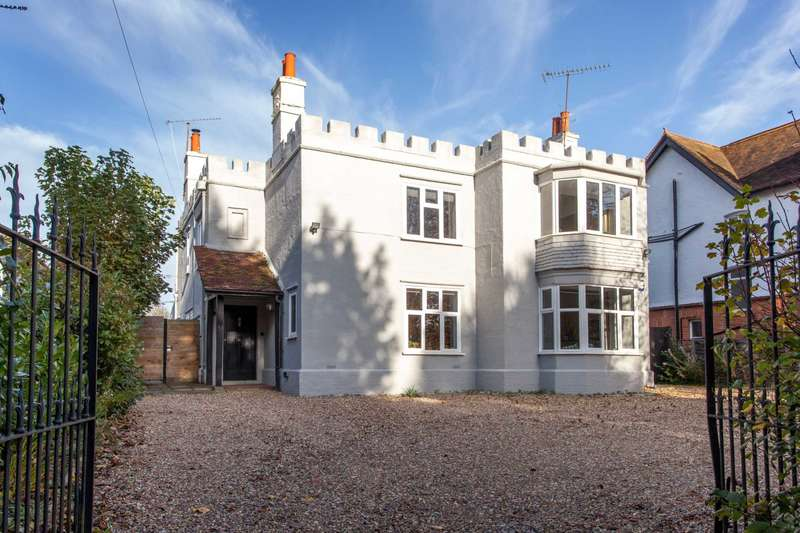 5 Bedrooms Detached House for sale in Derby Road, Caversham, Reading