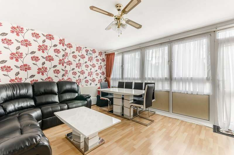 3 Bedrooms Maisonette Flat for sale in Rounton Road, Bow, E3