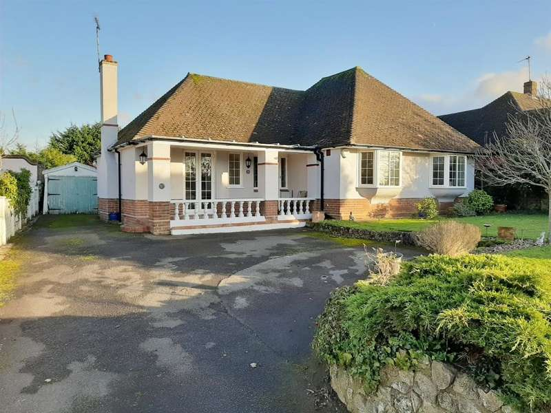 4 Bedrooms Bungalow for sale in Faversham Road, Ashford, TN24