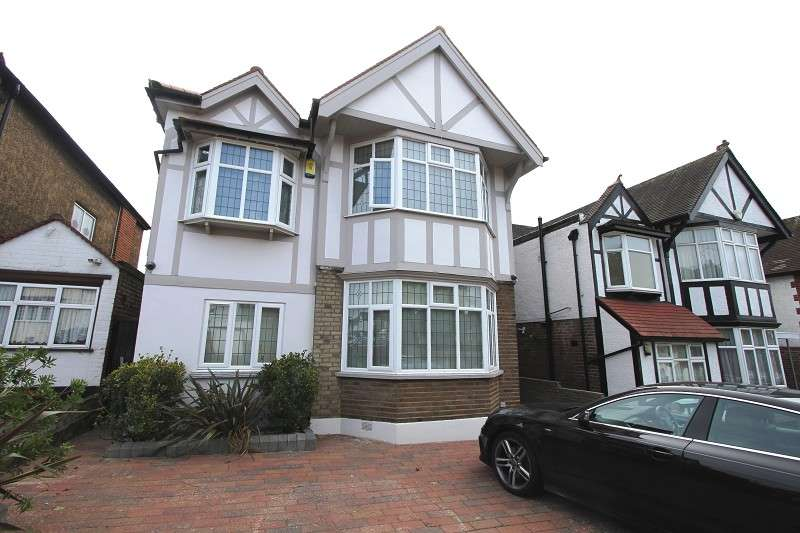 6 Bedrooms Detached House for sale in St Margarets Road, Edgware, Greater London. HA8 9UU
