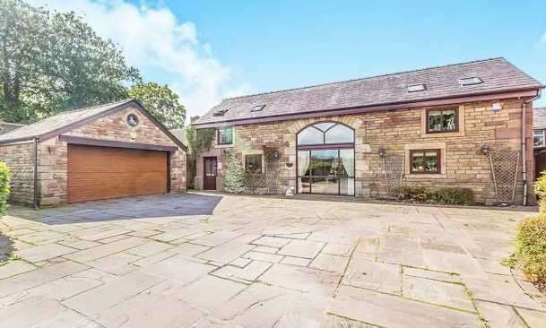 4 Bedrooms Barn Conversion Character Property for sale in Washington Lane, Euxton, Chorley