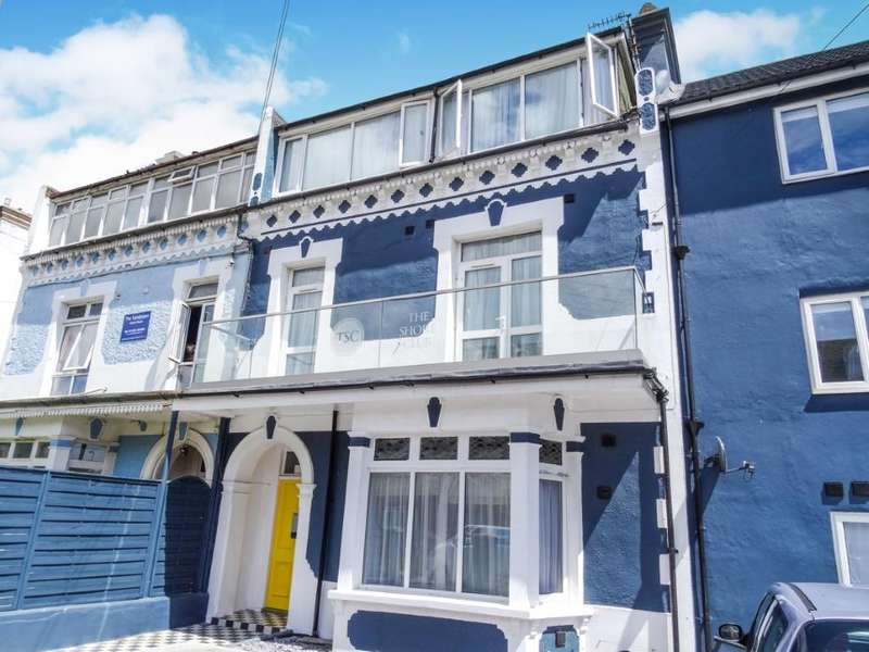 17 Bedrooms Semi Detached House for sale in 2 Edith Road, Clacton-On-Sea, Essex
