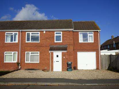 4 Bedrooms End Of Terrace House for sale in Martock, Yeovil, Somerset