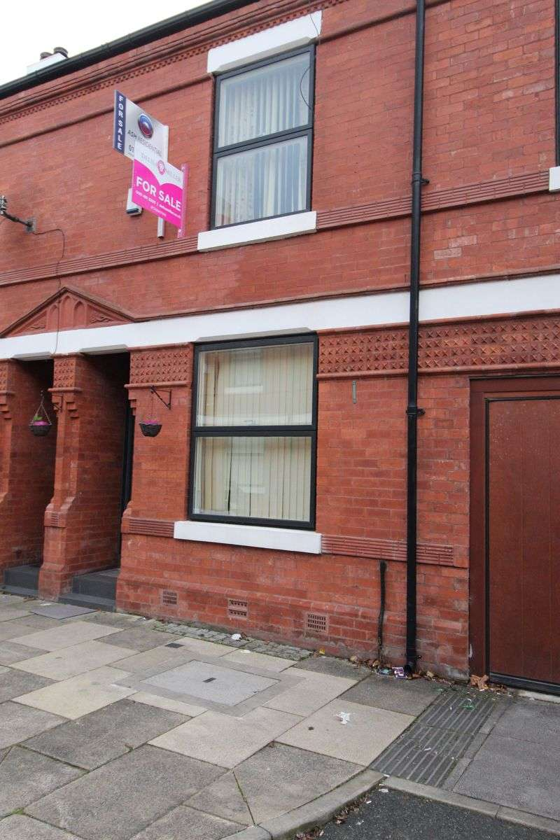 2 Bedrooms Property for sale in Cowesby Street, Moss Side, Manchester