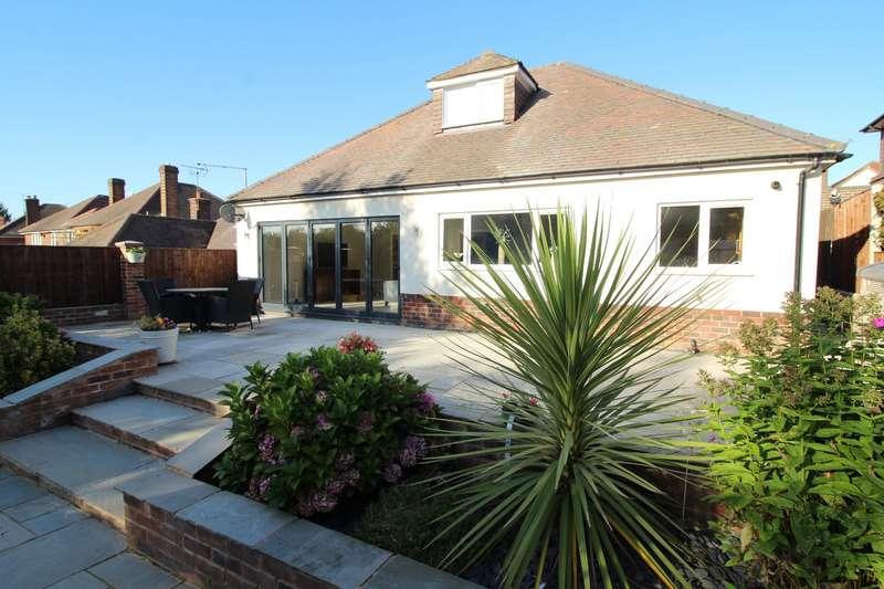 4 Bedrooms Detached House for sale in Kniveton Park, Ilkeston, Derbyshire, DE7