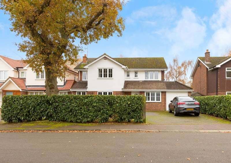 4 Bedrooms Detached House for sale in Janmead, Hutton, Shenfield, Essex, CM13