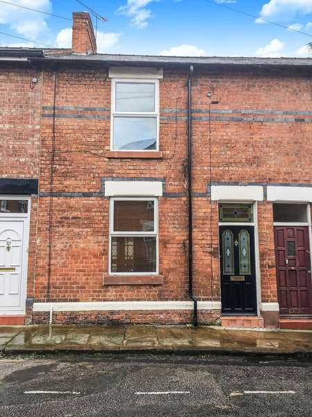 2 Bedrooms Terraced House for sale in Beaconsfield Street, Chester, Cheshire, CH3