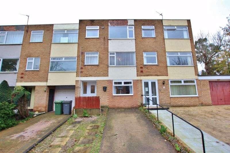 4 Bedrooms Property for sale in Galtres Park, Bebington, Wirral