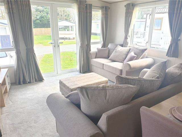 3 Bedrooms Caravan Mobile Home for sale in Lower Hyde Holiday Park, Shanklin, Isle of Wight