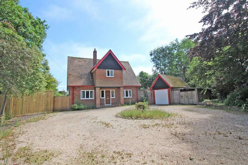4 Bedrooms Detached House for sale in Park Lane, Milford On Sea, Lymington