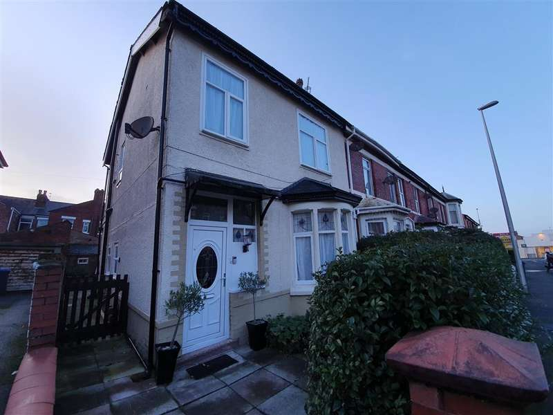 3 Bedrooms End Of Terrace House for sale in Saville Road, Blackpool, FY1 6JP
