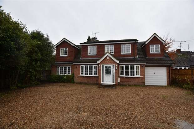 5 Bedrooms Detached House for rent in Nine Mile Ride, Wokingham, Berkshire