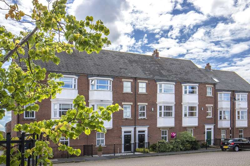 3 Bedrooms House for rent in Netherwitton Way, North Gosforth, Newcastle Upon Tyne