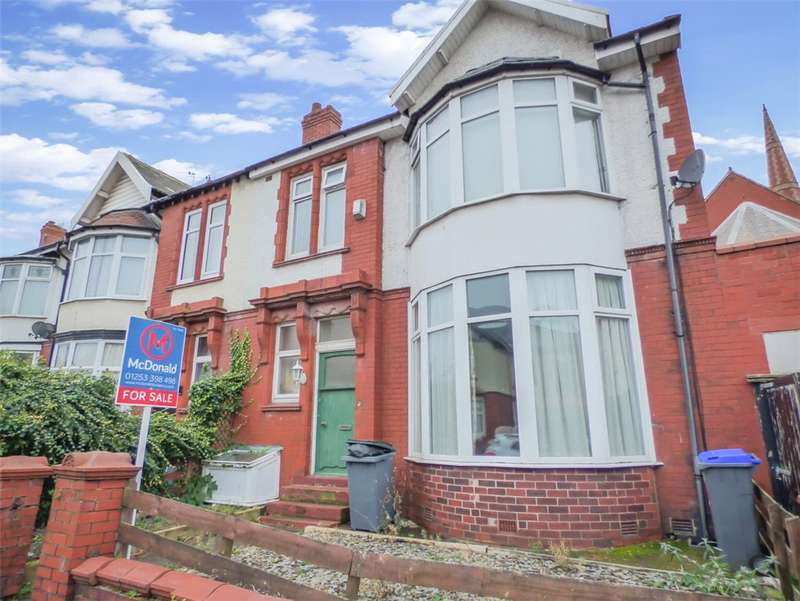 4 Bedrooms End Of Terrace House for sale in Lincoln Road, Blackpool, Lancashire