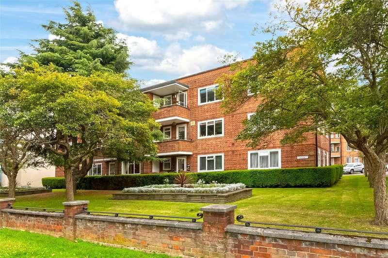 2 Bedrooms Flat for sale in Goodwood House, Heathfield Terrace, Chiswick, W4