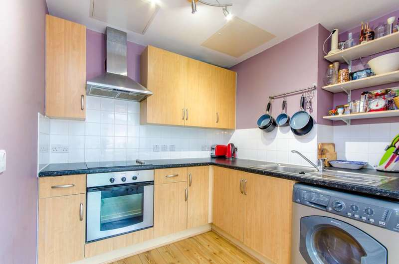 1 Bedroom Flat for sale in Drayton Park, Islington, N5