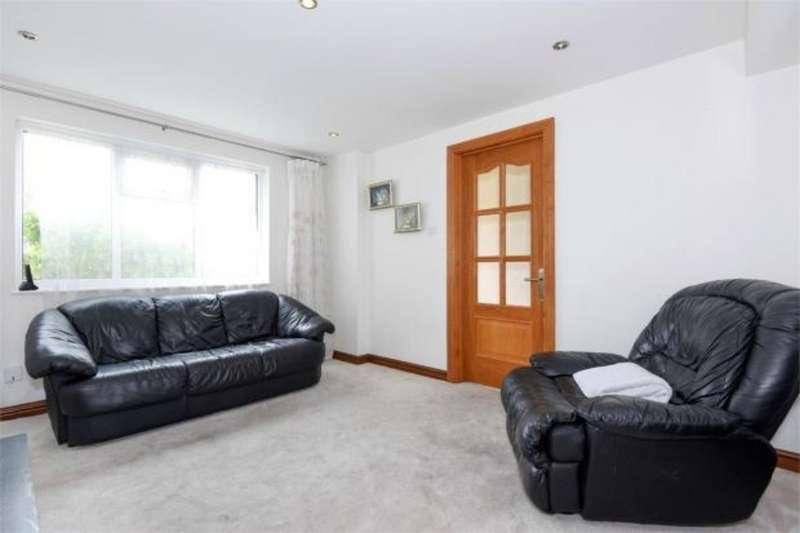 3 Bedrooms Property for rent in Wokingham, Berkshire RG40