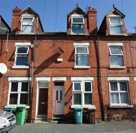3 Bedrooms Property for sale in Exeter Road, Nottingham, Nottinghamshire, NG7 6LQ