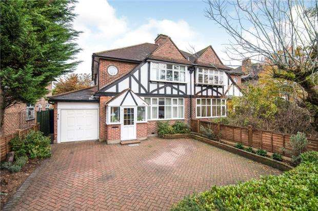 3 Bedrooms Semi Detached House for sale in Malden Road, Worcester Park, Surrey