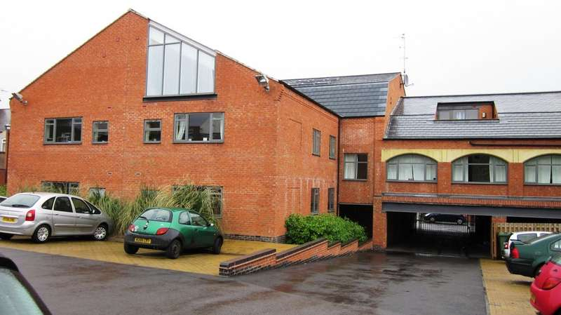 2 Bedrooms Apartment Flat for rent in Earl Manor, Melton Street LE9