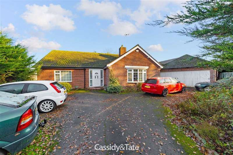 3 Bedrooms Property for sale in Harpenden Road, Wheathampstead, Hertfordshire