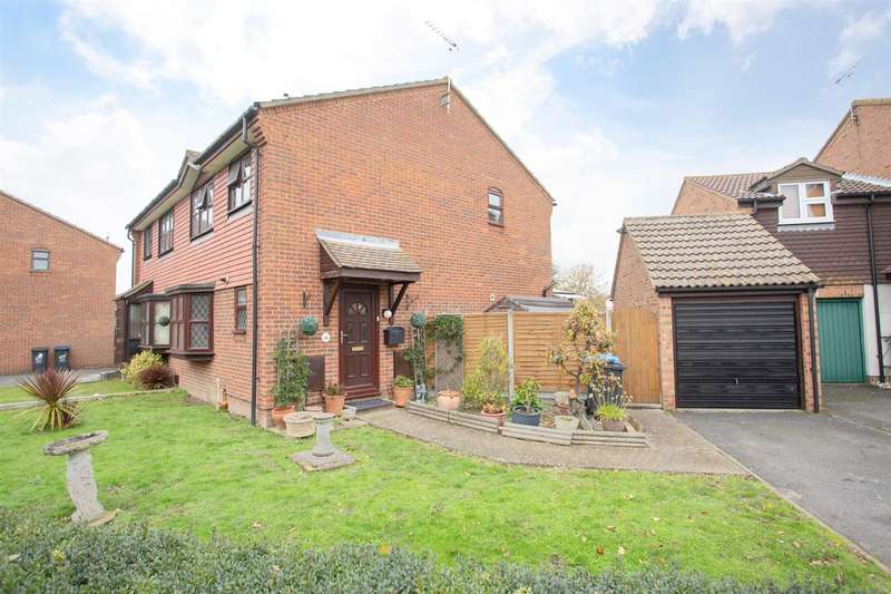 3 Bedrooms Semi Detached House for sale in Sutherland Drive, Birchington
