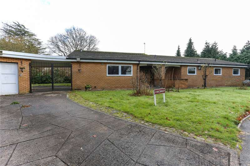 4 Bedrooms Detached Bungalow for sale in Thornton Gate, Gatley, Cheadle, SK8