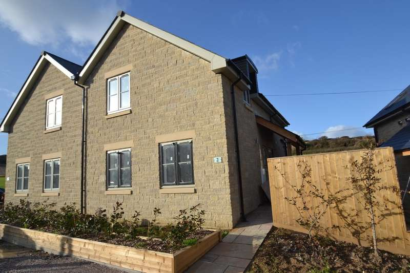 3 Bedrooms Semi Detached House for sale in Blackgang Road, Niton
