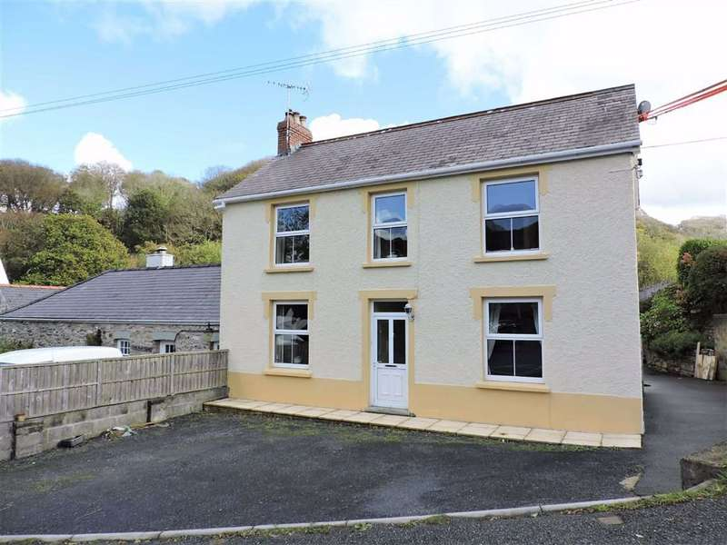 4 Bedrooms Semi Detached House for sale in Llanychaer, Fishguard