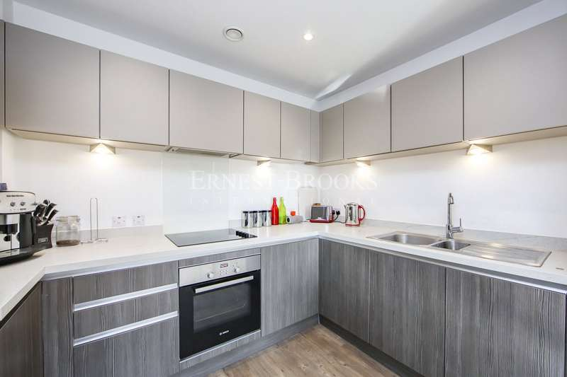 2 Bedrooms Apartment Flat for sale in William House, Ringers Road, Bromley, BR1