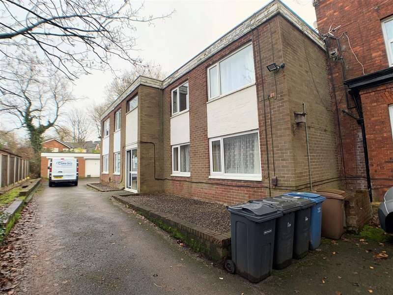 2 Bedrooms Flat for sale in Westminster Road, Ellesmere Park, Manchester