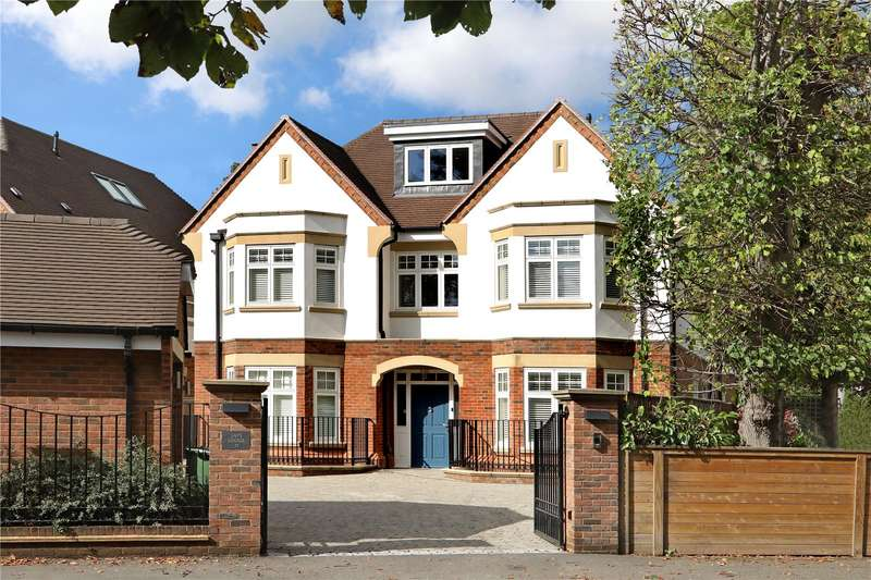 6 Bedrooms Detached House for sale in Ledborough Lane, Beaconsfield, Buckinghamshire, HP9