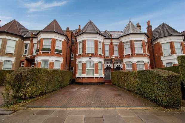 6 Bedrooms Terraced House for sale in Woodside Park Road, London