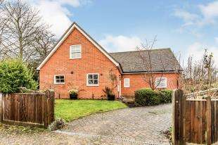 4 Bedrooms Detached House for sale in Tudor Hall, Rye Road, Hawkhurst, Kent