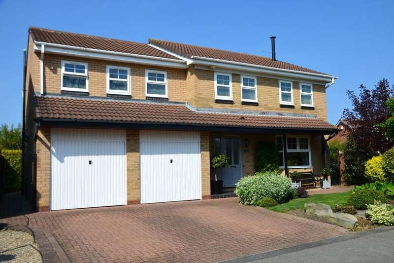 5 Bedrooms Detached House for sale in Avro Close, Marske-By-The-Sea, Redcar, TS11