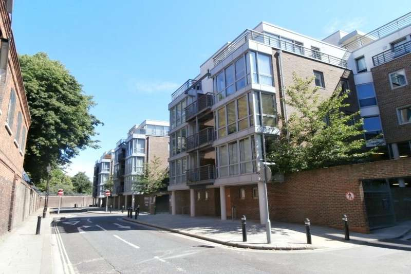 1 Bedroom Apartment Flat for sale in Admiralty Road, Portsmouth, PO1