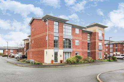 2 Bedrooms Flat for sale in Bailey Avenue, Lytham St. Annes, Lancashire, FY8
