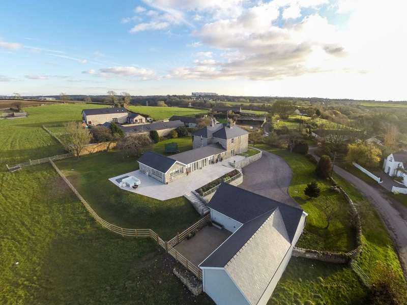 4 Bedrooms Detached House for sale in Llancarfan, Vale of Glamorgan, CF62 3AG