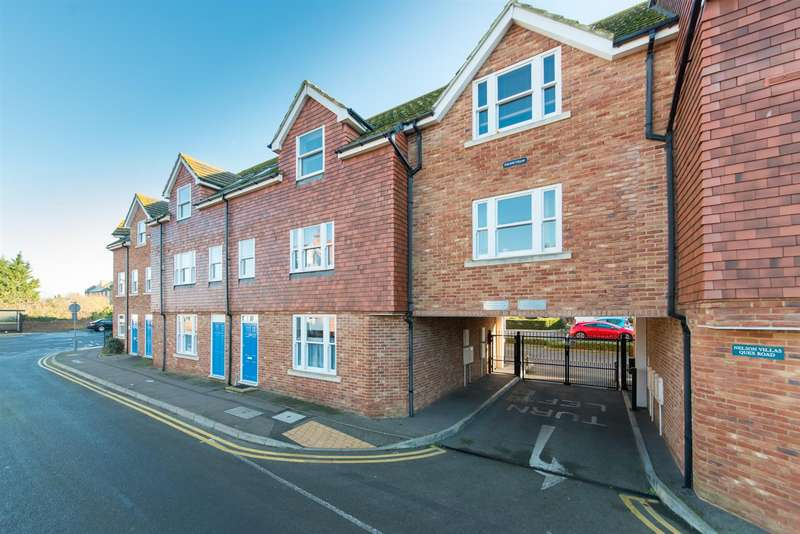 2 Bedrooms Flat for sale in Quex Road, Westgate-On-Sea