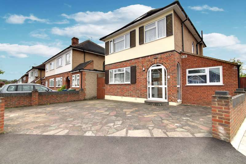 4 Bedrooms Property for sale in Parkthorne Drive, North Harrow