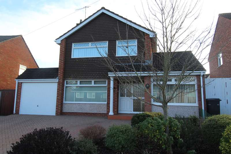 4 Bedrooms Detached House for sale in Court Farm Road , Whitchurch , Bristol, BS14 0EF