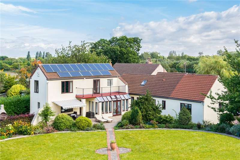 4 Bedrooms Detached House for sale in Longheads House, Lumby Lane, South Milford, Leeds