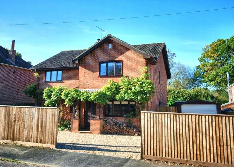 4 Bedrooms House for sale in Old Brickyard Road, Sandleheath, Fordingbridge, Hampshire, SP6