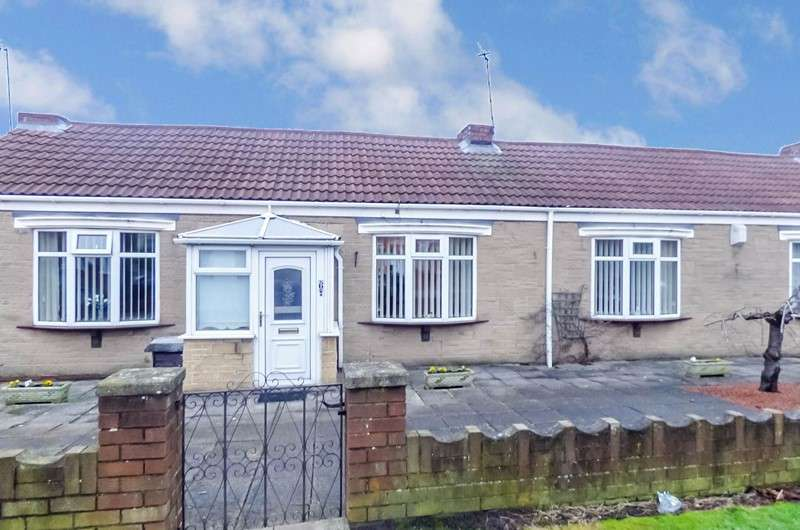2 Bedrooms Bungalow for sale in Ord Terrace, Stakeford , Choppington, Northumberland, NE62 5HZ